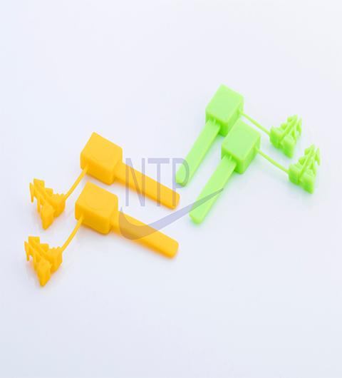 Seal nhựa 4 ngạnh TP-980